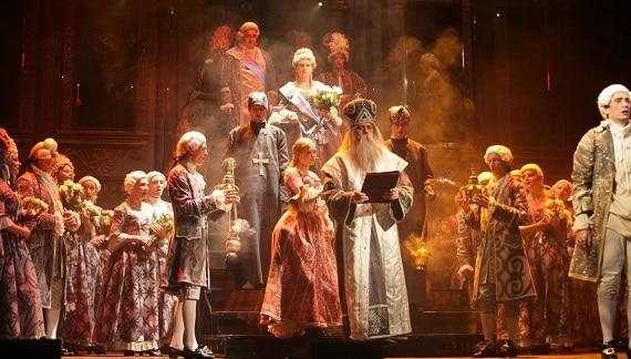 Мюзикл «Екатерина Великая» на сцене в Берлине 24 мая 2019 года