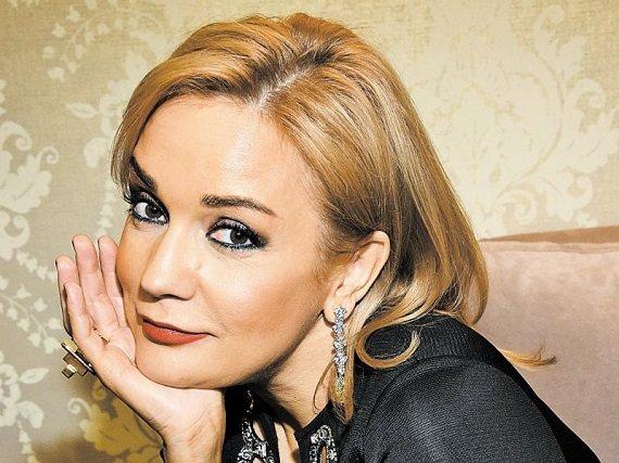 Sängerin Tatyana Bulanova, Teilnehmer des Disco-Konzerts der 80er Jahre von Autoradio in Stuttgart und Hamburg am 8. und 9. Februar 2020