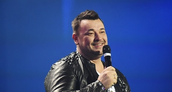 """Im Februar 2022 werden Fans der Band """"Ruki Vverh"""" im Programm """"The Best"""" ihre Lieblingslieder hören, die Sergey Zhukov singen wird"""