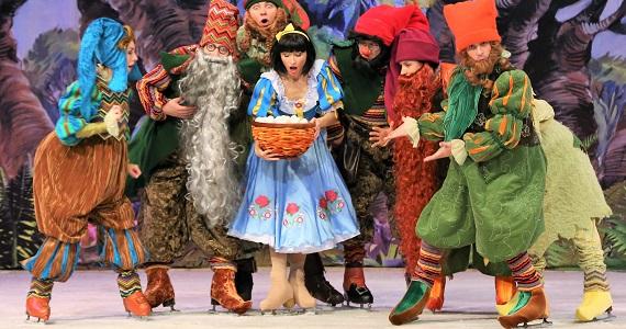 """Vom 10. Januar bis 1. März 2020 gibt es in Deutschland eine Aufführung auf Eis """"Schneewittchen"""" nach dem Märchen der Brüder Grimm, Tickets auf der Website"""