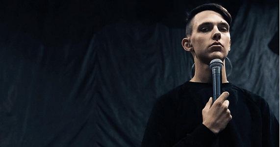 Im Herbst 2021 wird Tima Belorusskih für seine Fans in Deutschland singen, Tickets zum Verkauf auf der Website der Artist Production Eventagentur