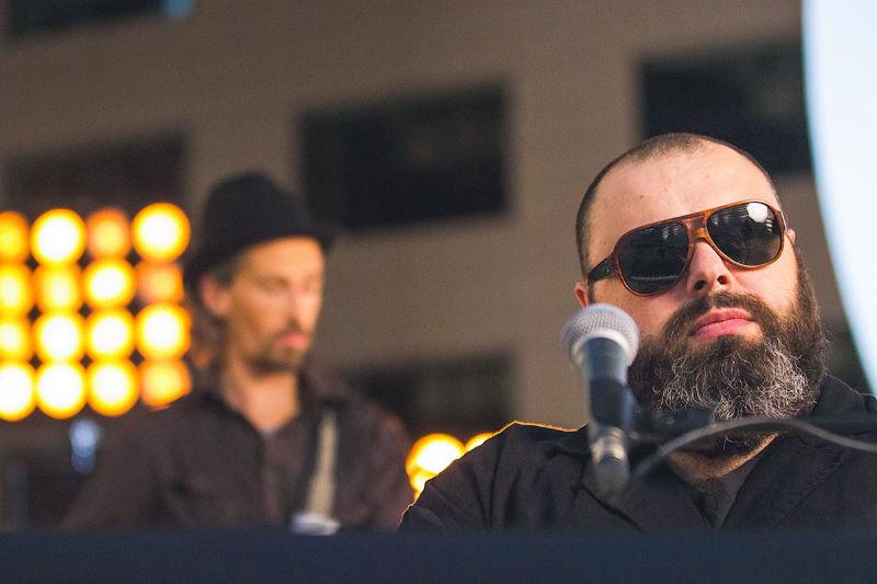 Der Musiker Maksim Fadeev wird im Dezember 2020 bei einem Konzert in Deutschland auftreten, sie können Tickets auf der Website der Artist Production Eventagentur kaufen