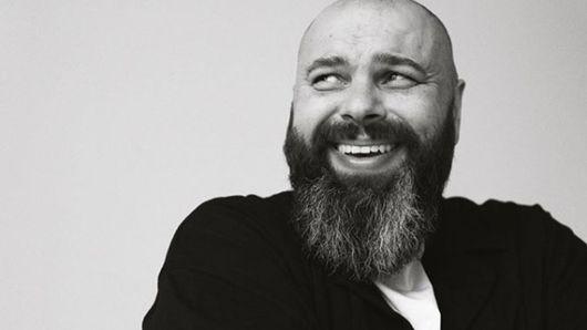 Der Komponist Maksim Fadeev erfreut das Publikum nicht oft mit seinen Soloauftritten, aber sein Konzert wird im Dezember 2020 in Düsseldorf stattfinden, Tickets sind bereits im Verkauf
