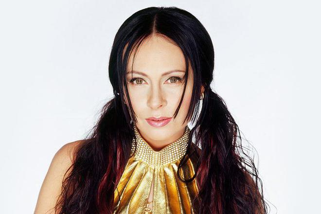 """Marina Khlebnikova, Künstlerin des Hits """"Chashka kofeyu"""", wird am Konzert """"Neujahrs-Weihnachtstreffen"""" in Deutschland teilnehmen, Ticket auf der Website"""