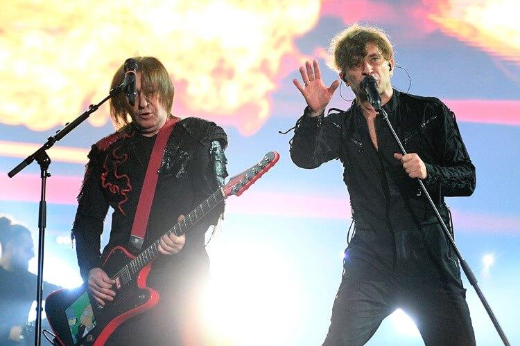 Auf dem Kislorod Live Festival in La Nucia, Spanien, wird die Band Bi-2 ihre beste Show NewBest präsentieren