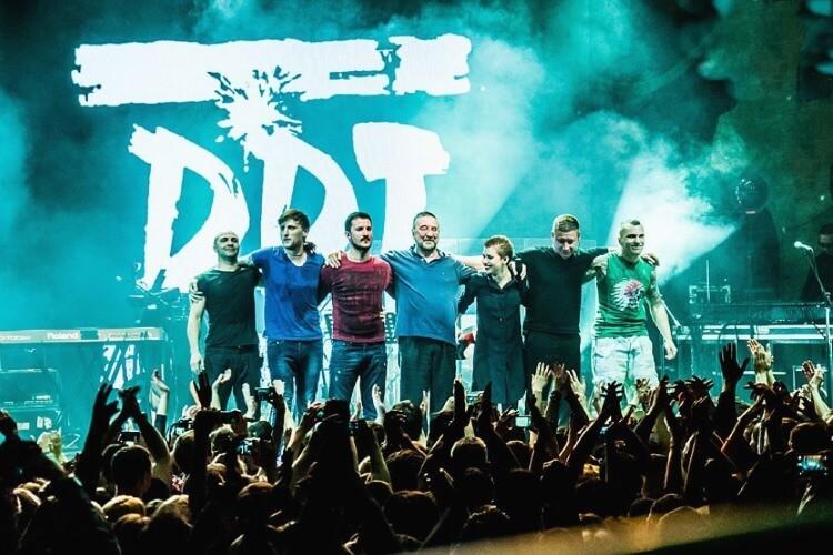 Die russische Rockband DDT und ihr Leader Juri Schewtschuk gehören seit über 40 Jahren zur Spitze des russischen Rock