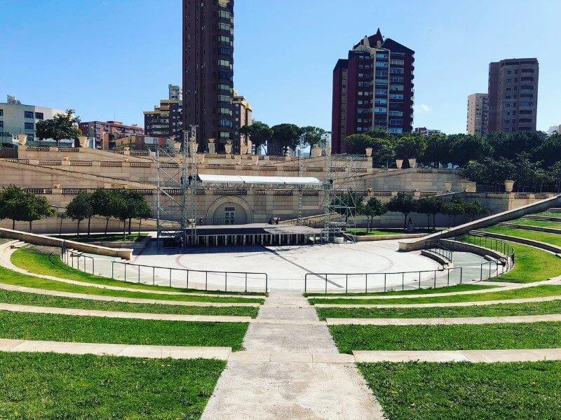 Veranstaltungsort des Kislorod Live Festivals in Spanien - Auditorio Julio Iglesias im L'aguiera Park in Benidorm, Foto 3