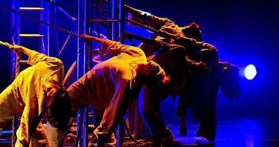 Сцена из рок-оперы Юнона и Авось