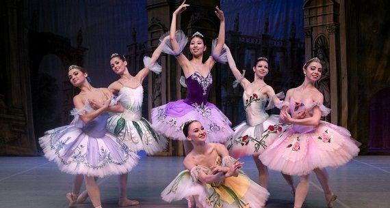 Артисты из Санкт-Петербурга в балете «Спящая красавица» в Германии
