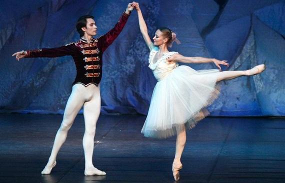 Щелкунчик, очарование и красота классического русского балета, роскошные костюмы и красивые пейзажи, гастроли в Германии в декабре 2020 - январе 2021 года