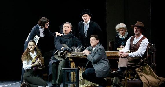Сцена 3 из спектакля «Дядя Ваня» постановки Театра имени Вахтангова в Германии