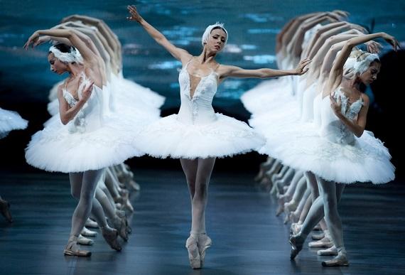 В декабре 2019 – феврале 2020 года знаменитый балет Чайковского «Лебединое озеро» увидят жители Германии