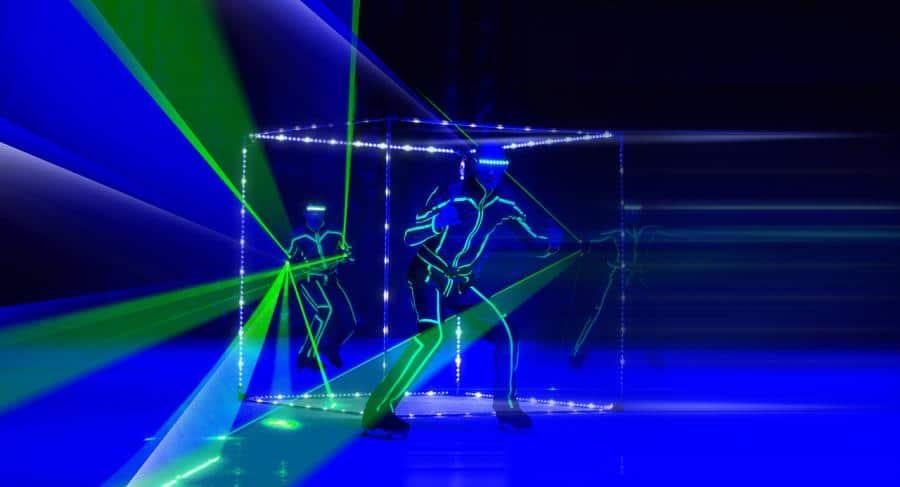 Цирковое волшебство на коньках для зрителей в Германии, Русский цирк на льду «Триумф»