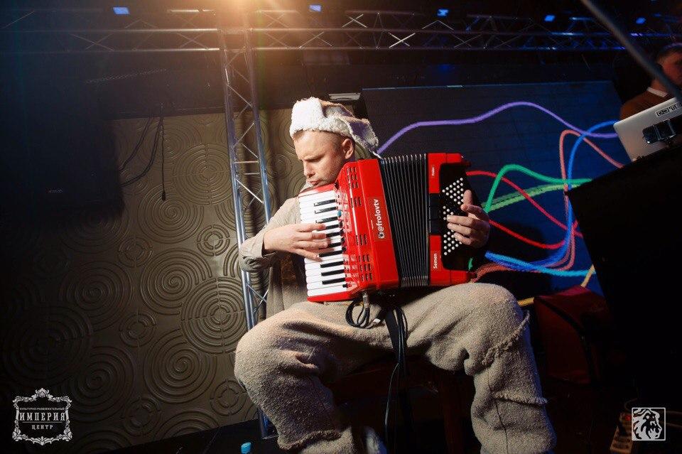 Музыкант из России Семен Фролов выступит перед гостями праздника «Новый год 2020 на русский лад» в Германии 31 декабря 2019 года