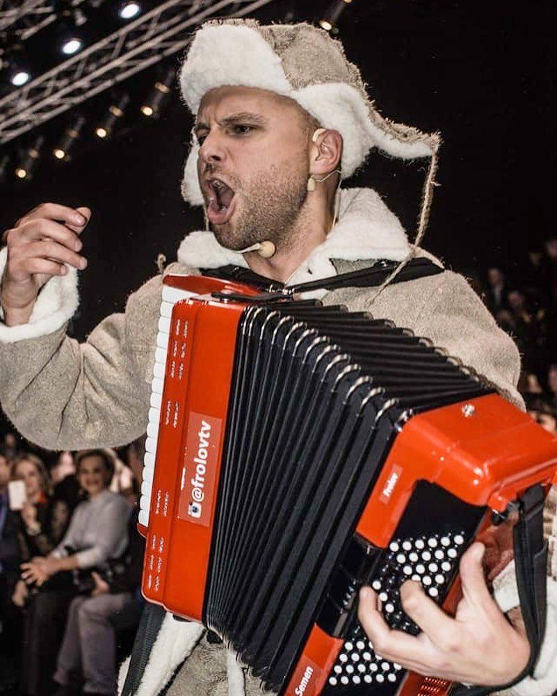 Программа «Новый год 2020 на русский лад» в Германии 31 декабря 2019 года с музыкантом из России Семеном Фроловым
