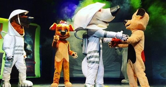Веселые собаки, первопроходцы космоса Белка и Стрелка в Лунных приключениях, премьера в Германии, билеты на сайте агентства Artist Production