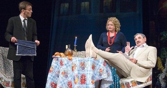 Сцена из спектакля «Заложники любви», гастроли в Германии в феврале 2020 года, билеты на сайте концертного агентства Artist Production