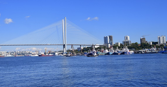 Владивосток, город на Дальнем Востоке в кинематографическом шедевре «Полет над Россией», показ в Германии в феврале 2020 года, билеты на сайте Artist Production