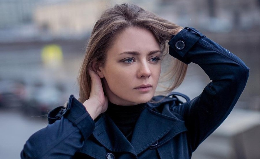 Карина Разумовская, актриса театра и кино, участница спектакля «Судьба в подарок», который пройдет в Германии в октябре 2021 года, билеты на сайте Artist Production