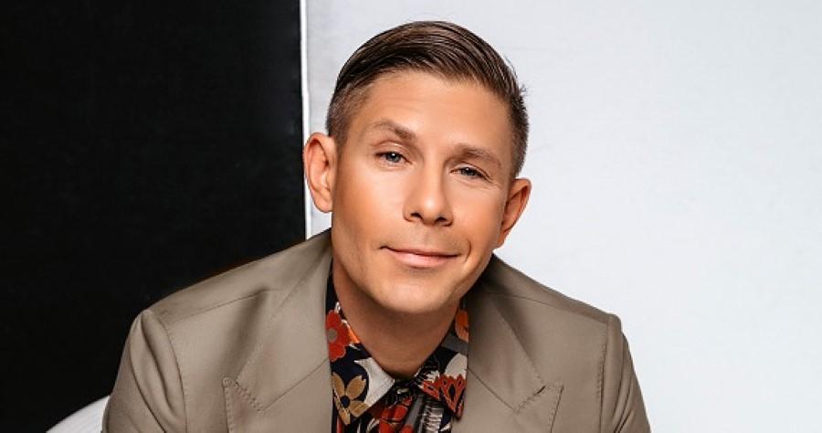 Популярный певец Митя Фомин, участник концерта Хиты 2000-х в Германии весной 2022 года, купить билеты на сайте Artist Production