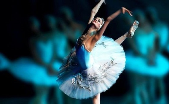 Молодые артисты Санкт-Петербурга исполнят классическую постановку балет «Лебединое Озеро» для зрителей Германии и Австрии в декабре 2020 - феврале 2021 года