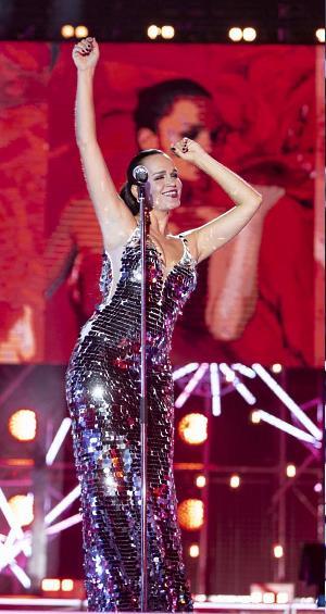 Российская певица Слава, участница международного музыкального фестиваля Жара