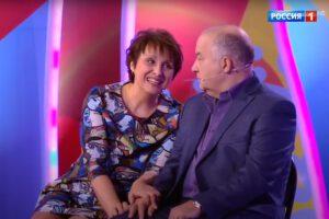 Юмористы Светлана Рожкова и Игорь Маменко часто выступают на сцене дуэтом