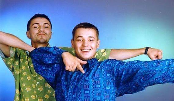 Дуэт артистов Алексея Потехина и Сергея Жукова образовался в 1993 году во время работы на радиостанции «Европа Плюс»
