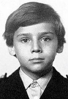 Максим Галкин учился в московской школы №1543 и уже там проявлял свои артистические способности
