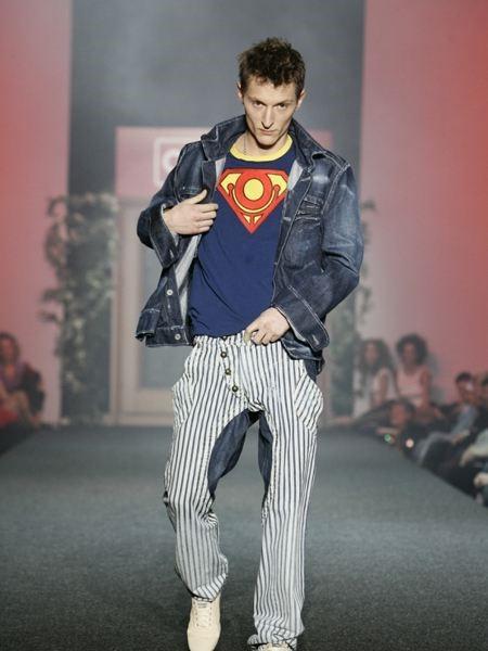 Павел Воля подрабатывал на подиуме моделью и демонстрировал молодежную моду