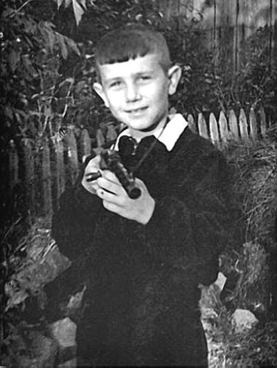 Раннее детство Владимира Винокура проходило в маленьком доме родителей его отца в Курске