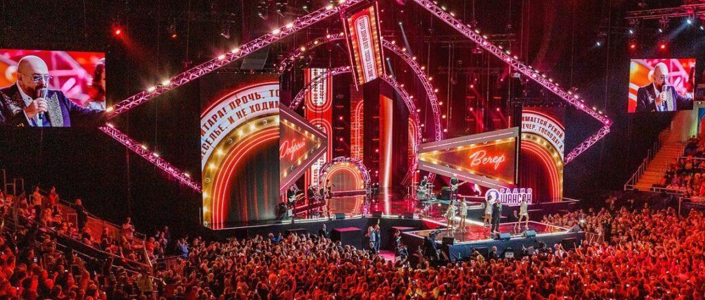 Лауреаты премии по традиции выступают на гала-концертах в городах и странах, чтобы встретиться с поклонниками