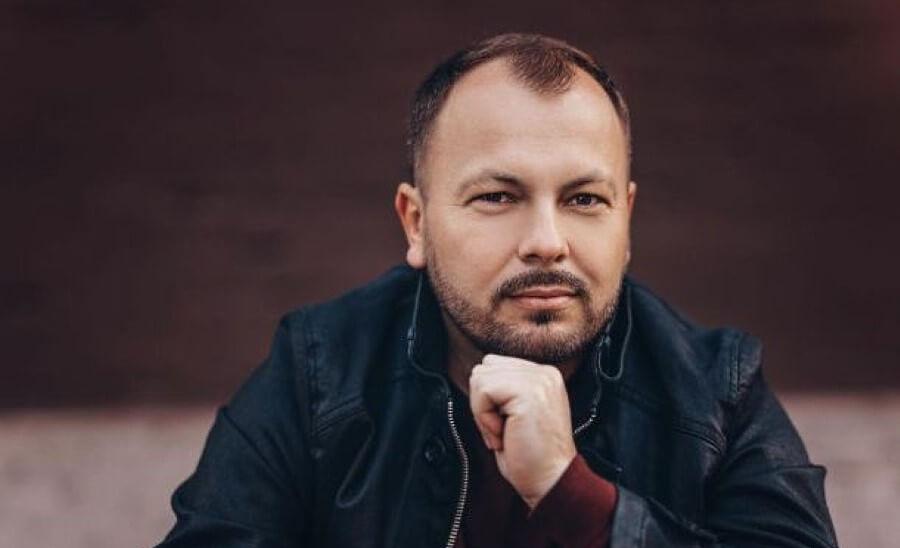 Ярослав Сумишевский, лауреат премии Шансон года, участник гала-концертов в Германии в апреле 2022 года, билеты на сайте Artist Production