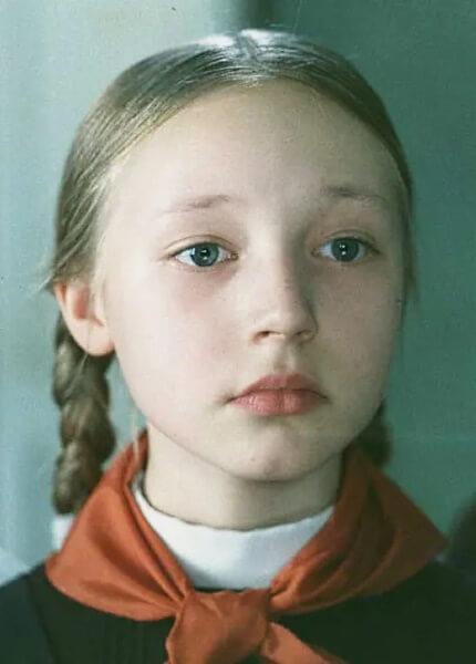 Благодаря фильму Ролана Быкова «Чучело» Кристина Орбакайте смогла проявить свои артистические таланты и стала известной