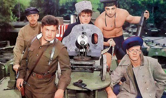 Группа Любэ изначально создавалась для исполнения песен на военно-патриотическую тематику