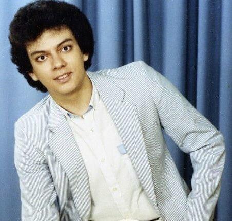 Филипп Киркоров в 1984 году окончил школу и поступил в музыкальное училище имени Гнесиных