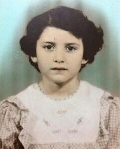 Детская фотография Сары Манахимовой, будущей звезды российской эстрады Жасмин
