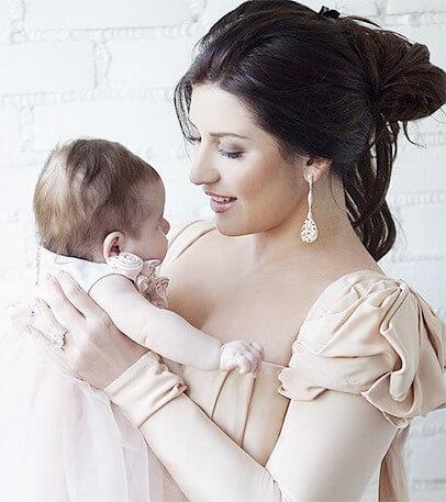 Певица с дочерью Маргаритой, рожденной в браке с молдавским бизнесменом Иланом Шором