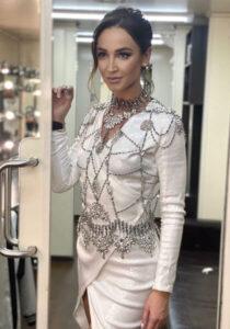 Звезда шоу-бизнеса Ольга Бузова энергична, активна и решительна, а в ее графике нет ни минуты свободного времени